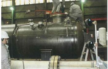 亜臨界水反応分解処理装置